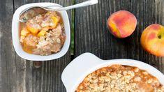 10-minute no-bake peach cobbler, for when it's too dang hot for theoven Gluten Free Peach Crisp, Gluten Free Peach Cobbler, Good Peach Cobbler Recipe, Best Peach Cobbler, Breakfast Recipes, Snack Recipes, Cooking Recipes, Yummy Recipes, Free Recipes
