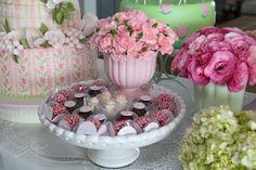 mesa doces batizado, festa menina, girls party, decoração mesa, decoração batizado, baby shower, baptism