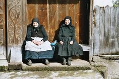 Magyar (Hungarian) Grandmothers, Inaktelke