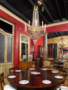 Faux Leather Walls - Plantation Gallery , Mobile , Faux Leather ...