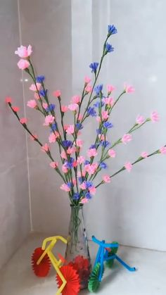 Cool Paper Crafts, Paper Flowers Craft, Paper Crafts Origami, Flower Crafts, Diy Flowers, Origami Flowers, Diy Crafts Hacks, Diy Crafts For Gifts, Diy Home Crafts