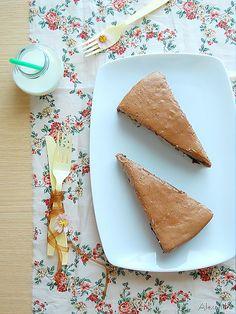 Κέικ κακάο με γλάσο μόκας