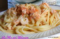 Espaguetis con salmón y gambas
