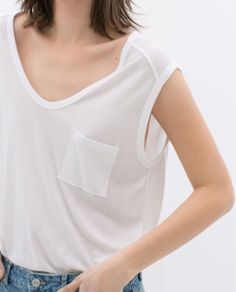 Image 4 of T-SHIRT WITH POCKET from Zara