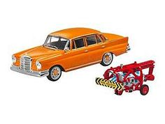 This Mercedes-Benz 220 SE W111 (Crash Test Set 1959) Diecast Model Car is Orange and features working wheels. It is made by IXO and is 1:43 scale (approx. 10cm / 3.9in long).    This model comes in dealer packaging and celebrates the early days of automotive crash testing....