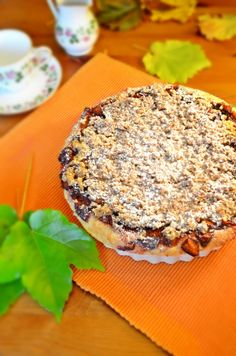plum-pie with oat crumbles Plum Pie, Salmon Burgers, Camembert Cheese, Favorite Recipes, Ethnic Recipes, Blog, Blogging