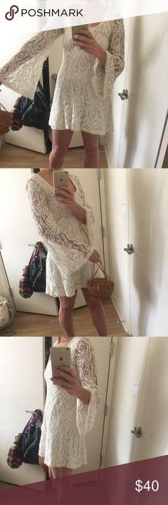 BOHO 70s lace bell sleeve dress. Super cute bell sleeve dress size medium. Urban. Brand is staring at stars Staring at Stars Dresses Mini