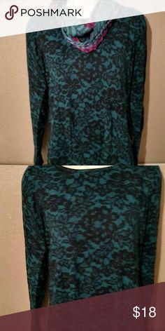 Sale!!!   Sweater Blue with black. Very pretty. Sweaters Crew & Scoop Necks