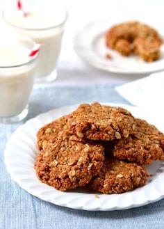 The ultimate Chewy Coconut-Oat Cookies – that just so happen to be vegan & gluten free! | coconutandberries.com