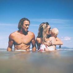 families that surf together..
