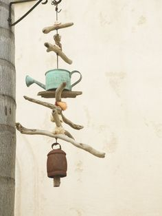 Wind chimes ~ Websitian.    I can use my Naples driftwood pieces for this!