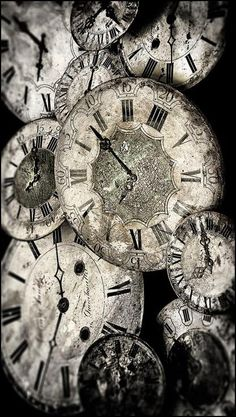 Le temps qui passe by Cédric Blondeel ~The Time Keeper's Key~ Pot Pourri, Somewhere In Time, Old Clocks, Antique Clocks, Vintage Clocks, As Time Goes By, Time Clock, Ticks, Time Travel