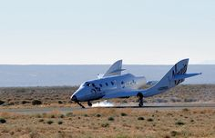 SpaceShipTwo Landing at Mojave.