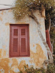 Poznajcie naszą subiektywną listę nieznanych miejsc w Atenach   #athens #travelphotography #ateny #podróże #artystycznapodroz #modernoutdoors #grecja #vzcomood #gooutside #polandgrams #adventuretime #igerspoland #podróż #autumn #przyroda #architecture  #anafiotika #main_vision #iphonex #natura #outdoorphotography #agameoftones #acropolis #athens #ruins #vscodaily #prostozpodrozy #ateny #aov #shotoniphone Painting, Art, Art Background, Painting Art, Kunst, Paintings, Performing Arts, Painted Canvas, Drawings