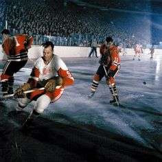 The first Hockey Association was performed in the UK in Hockey is a team sport played on a large surface of ice .Players wear ice skates with sharp blades that slids througout the ice surface. Here the highest-paid hockey players. Hockey Goalie Gear, Ice Hockey, Hockey Live, Hockey News, Hockey Rules, Montreal Canadiens, Hockey Pictures, Red Wings Hockey, Hockey Players