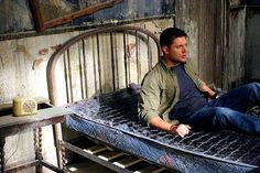 Dean wakes up in the future #TheEnd