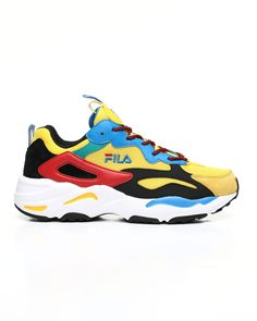 Find Ray Tracer Festival Sneakers Men's Footwear from Fila & more at DrJays. Kids Sneakers, Air Max Sneakers, Sneakers Nike, Pink Dolphin, Sweater Boots, Famous Stars, Men's Footwear, Man Ray, Dad Hats