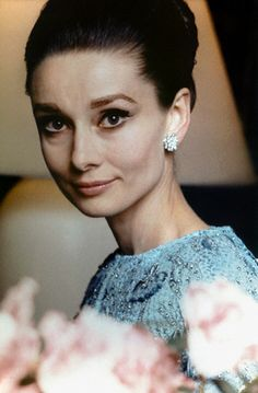 "The actress Audrey Hepburn photographed by Henry Clarke in her suite at the Hôtel Ritz, located at Place Vendôme, in the arrondissement of Paris (France), before the French premiere of her new movie ""My Fair Lady"", held at the Théâtre du. Katharine Hepburn, Audrey Hepburn Alt, Audrey Hepburn Pictures, My Fair Lady, Divas, Ali Mcgraw, British Actresses, Classic Beauty, Iconic Beauty"
