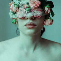 The Suffering by Laura Makabresku #photography #flowers