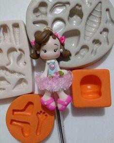 Used Jar and Polymer Clay Fairy House Polymer Clay Cake, Polymer Clay Fairy, Polymer Clay Tools, Polymer Clay Projects, Diy Clay, Foam Crafts, Diy And Crafts, Clay Pen, Clay Fairy House