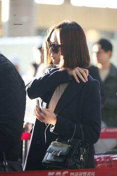 Krystal Fx, Jessica & Krystal, Korean Airport Fashion, Korean Fashion, Beautiful Soul, Beautiful People, Krystal Jung Fashion, Snsd Fashion, Street Fashion