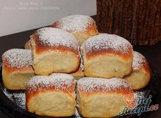 Grannies Buchteln (from an old cookbook) Top-Rezepte.de Our grandma always knew . - Grannies Buchteln (from an old cookbook) Top-Rezepte.de Our grandma always knew how to satisfy our - Sweet Bread Meat, Fresh Bread, Buttery Rolls, German Baking, Holiday Bread, Best Pancake Recipe, Food Cakes, Cooking Time, Easy Desserts