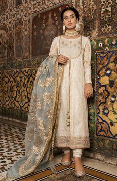 New Image : Pakistani fashion casual Pakistani Fancy Dresses, Pakistani Fashion Casual, Pakistani Wedding Outfits, Indian Bridal Fashion, Indian Bridal Wear, Pakistani Dress Design, Indian Dresses, Indian Outfits, Pakistani Clothing