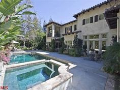 #BritneySpears' Former Pool and Spa >> http://www.frontdoor.com/buy/tour-britney-spears-beverly-hills-home-for-sale/pictures/pg504?soc=pinterest#