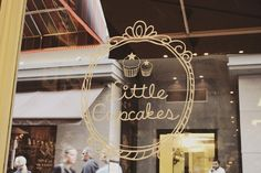 Little cupcakes Cupcake Logo, Cupcake Shops, Opening A Bakery, Cupcake Images, Cafe Shop, Shop Fronts, Christmas Store, Fun Cupcakes, Cafe Interior