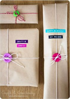 Gift wrapping Inspiration : Use scarp paper shapes to decorate brown paper packages # giftwrapping cadeau Present Wrapping, Creative Gift Wrapping, Creative Gifts, Pretty Packaging, Gift Packaging, Christmas Gift Wrapping, Holiday Gifts, Birthday Gift Wrapping, Button Crafts