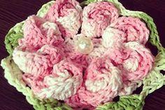 Flores de croche para decoração de roupas, toalhas, etc: http://iloveflores.com/como-fazer-flor-de-croche-passo-a-passo-simples-e-facil/ #croche #flores #iloveflores