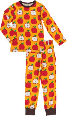 This bright and cheery apple print is made from soft organic cotton. Kids clothes from Maxomorra.