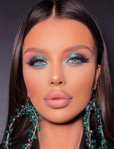 Teal Makeup, Simple Makeup Looks, Creative Makeup Looks, Hair Makeup, Makeup Trends, Makeup Inspo, Party Makeup, Wedding Makeup, Motives Makeup