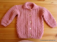 Chaqueta rosa con botones para niña 6-9 meses. Lovely cardigan for baby girl size 6-9 months. Modelo 27. – Tricotar para peques – Knitting for kids Knitting For Kids, Baby Knitting, Knitting Patterns, Knit Crochet, Sweaters, Maria Jose, Fashion, Knit Jacket, Long Scarf