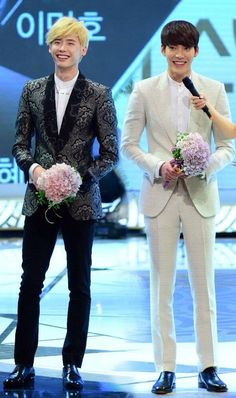 Lee Jong Suk and Kim Woo Bin - 2013 SBS Drama Awards