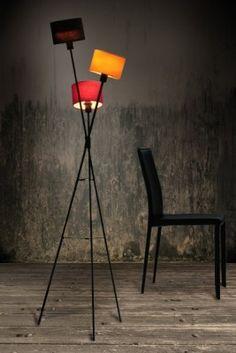 Stylische Design Stehleuchte VITA schwarz orange lila Lampe Stylische Design Stehleuchte VITA schwarz orange lila Lampe