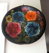handcut and handpainted wooden plate $5 #folk #art #wood #plate #hanging