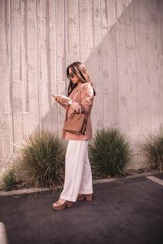 My Style, Pants, Fashion, Trouser Pants, Moda, Fashion Styles, Women's Pants, Women Pants, Fashion Illustrations