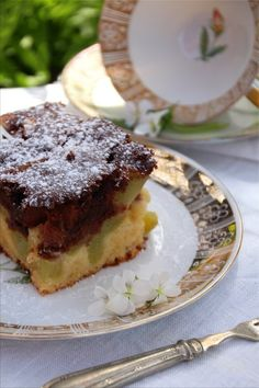 Hmmmmmm *Rhabarber-Marmor-Kuchen*  Rhabarber-Marmor-Kuchen (Bildquelle: Living and Green)