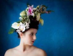 Kinda Victorian ~ Photographyby Rebecca Stark #fancyhairflowers #portraitsessionwithhairflowers