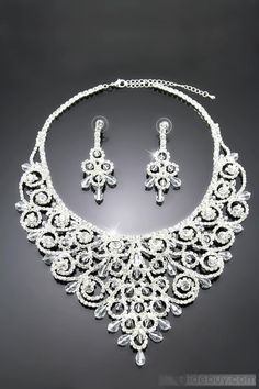 Ring Shaped Alloy with Rhinestone Wedding Jewelry Set.@@@.....http://www.pinterest.com/queen786/indian-jewelry-3/