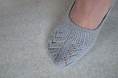 Ravelry: Skimmer Socks (No Show Socks) pattern by Sheila Toy Stromberg