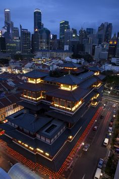 Buddha Tooth Relic Temple Overview