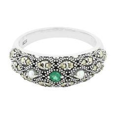 Zilveren+ring+met+een+smaragd+-+een+bijzonder+sieraad+direct+van+de+maker+en+dus+scherp+geprijsd.+Alle+Juwelo+sieraden+komen+met+certificaat+van+echtheid.