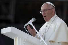 Pope Francis receives autographed Steelers football from Rooney family and Saint Vincent College