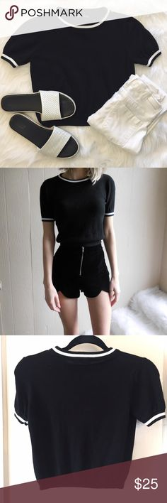 Brandy Melville Sporty Cropped Sweater OSFA - fits like an XS/S. 60% cotton/40% viscose. Great with high waisted jeans! Brandy Melville Tops Crop Tops