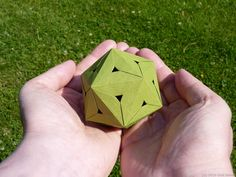 Green Icosahedron