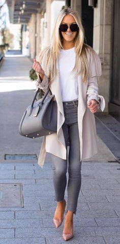 40 Best Autumn Winter Fashion Trends For 2019 - List Inspire Cute Women casual winter outfits Fall Outfits, Fashion Outfits, Womens Fashion, 50 Fashion, Work Fashion, Fashion Ideas, Fashion Fall, Unique Fashion, Fasion