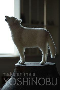 YOSHiNOBU 羊毛フェルト ホッキョクオオカミ