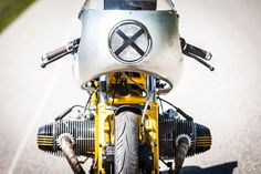 Here's a movie idea. A BMW that's owned by the chief of police gets purchased by a somewhat suspect hemp farmer who uses it for 'deliveries'. Bmw Cafe Racer, Cafe Racers, Honda Scrambler, Boxer, Bmw 2, Motorcycle Companies, Bmw Motorcycles, Custom Bikes, Hemp